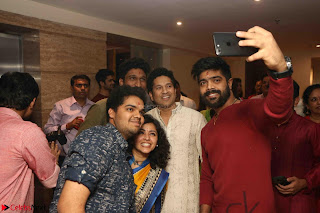 Sachin Tendulkar with his wife at Mata ka Jagrata hosted by Anu Malik 12.JPG