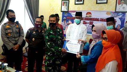 """KB-Kes TNI Kodim 0321/Rohil, Berhasil dukung BKKBN """" Raih Dua Prestasi Nasional KB"""