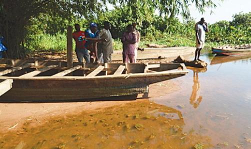 ijaw militants kidnap principal epe lagos