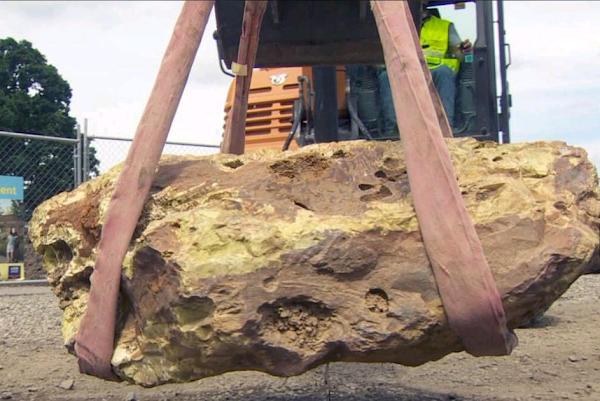 2,000-pound rare rock unearthed at Oregon construction site