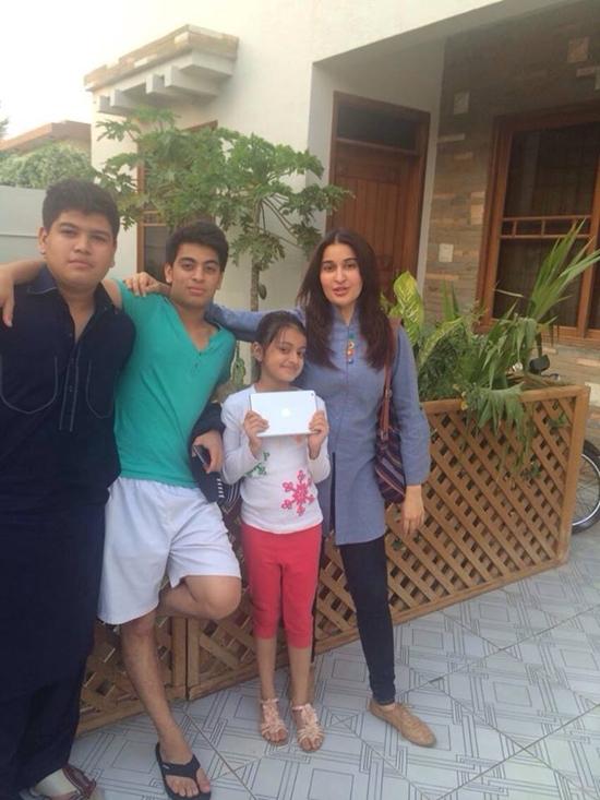 Shaista Lodhi with her Children