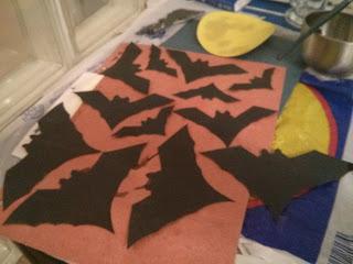 A kifestett fekete denevérek Halloween-ra