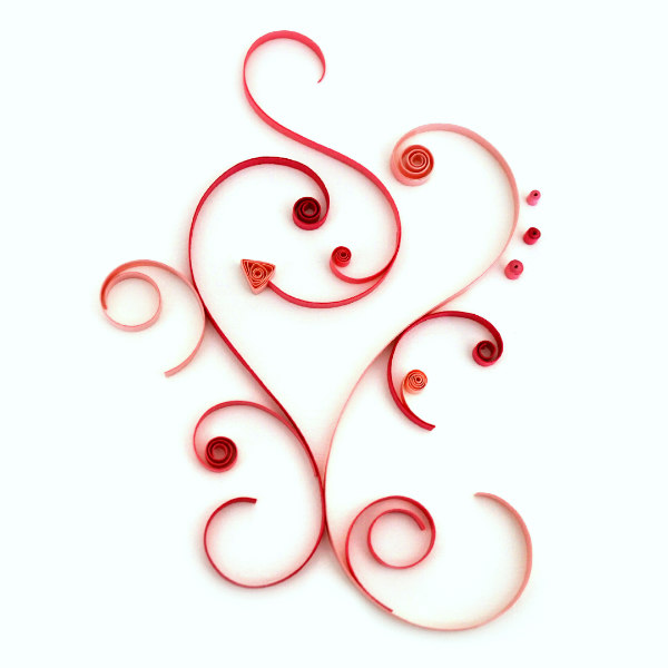 modern on-edge asymmetric quilled heart design in shades of pink