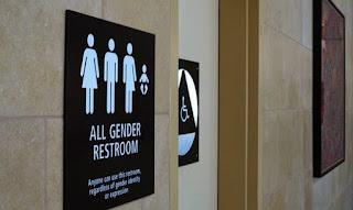 11 estados entram com ação contra a política de banheiros transgêneros, nos EUA