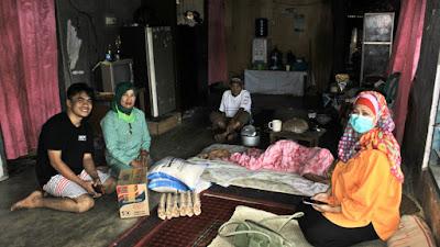 HWK Sumbar Bantu Tiga Keluarga Tinggal Satu Atap di Kota Padang