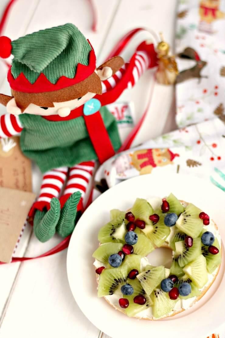 Fruity Christmas Wreath Bagel
