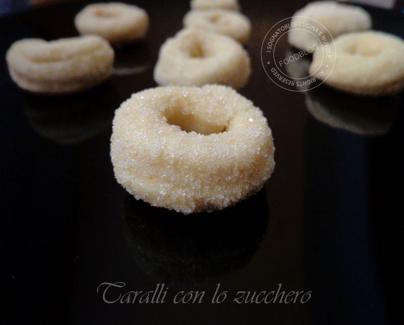 Ricetta Taralli Con Zucchero.I Sognatori Di Cucina E Nuvole Ricetta Taralli Con Lo Zucchero