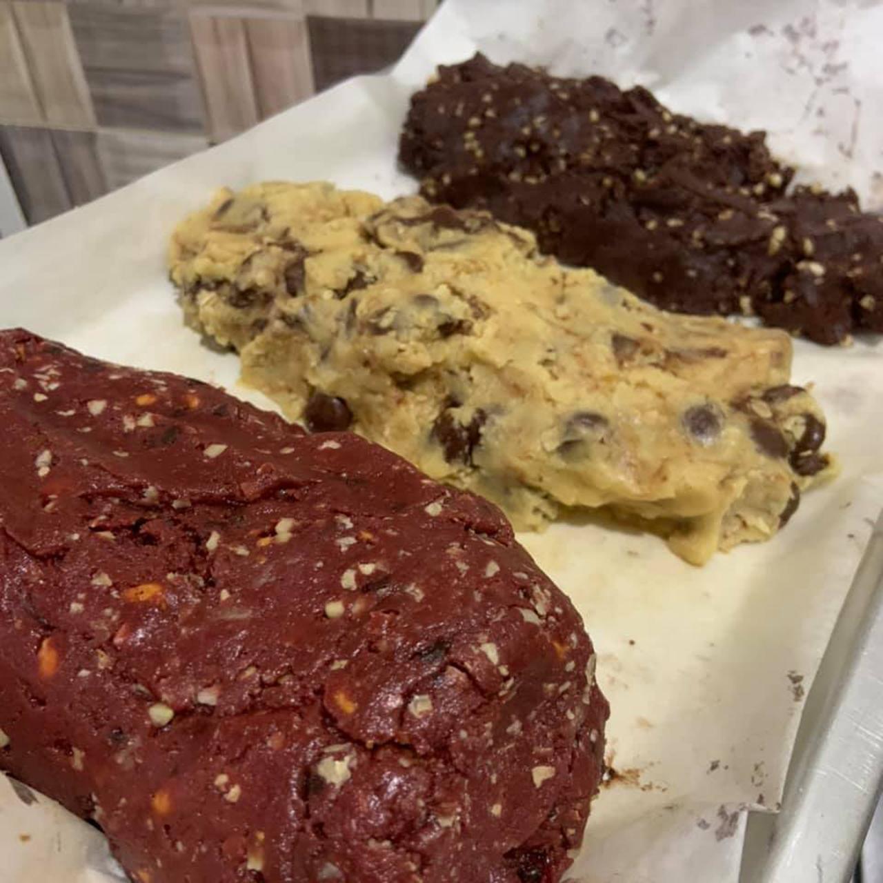 Resepi 3 Jenis Cookies Viral Ala Famous Amos-CHOCOLATE ALMOND COOKIES