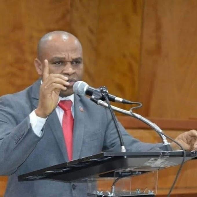 Le juge d'instruction dans l'affaire de Maître Dorval, victime de menaces, dénonce l'ANAMAH.