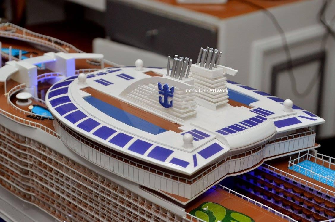 foto gambar miniatur kapal pesiar oasis of the seas royal caribbean international cruises ship terbaru