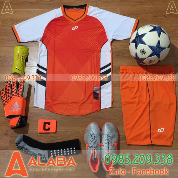 Áo bóng đá màu cam hot