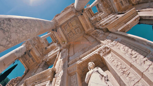 Efes Antik Kenti (Efes Harabeleri) Fotoğrafı