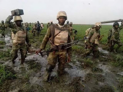 NIGERIAN SOLDIER DROPS PAINFUL MESSAGE - ANY MAN THAT WISHES US AWFUL DEATH, DRY THUNDER WILL STRIKE HIM DOWN (SAD PHOTOS)