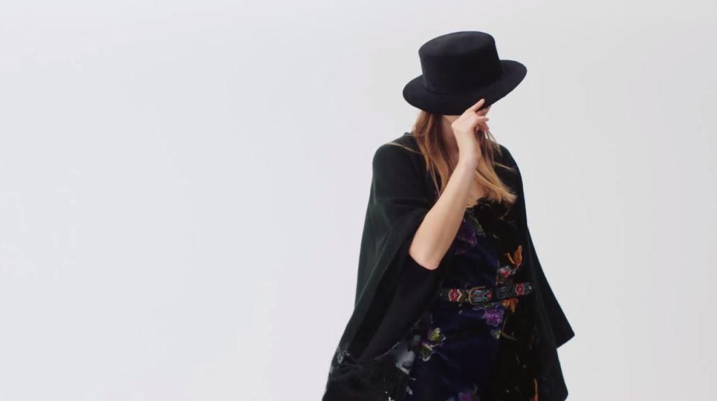 modella desigual collezione femminile donna autunno 2016 testimonial spot