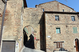One of the medieval gates into the town of Pomarance