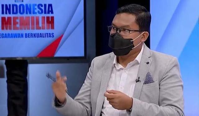Pangi Syarwi Bongkar 3 Skenario Pendukung Jokowi Persiapkan Perpanjangan Masa Jabatan Presiden