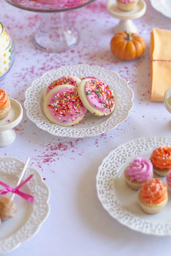 Party Halloween para chicas by Habitan2 event planner| Mesa dulce o candy bar para halloween en tonos rosas y naranjas