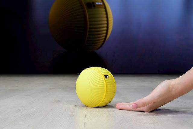 بالفيديو : سامسونج تكشف عن روبوتها الجديد Ballie
