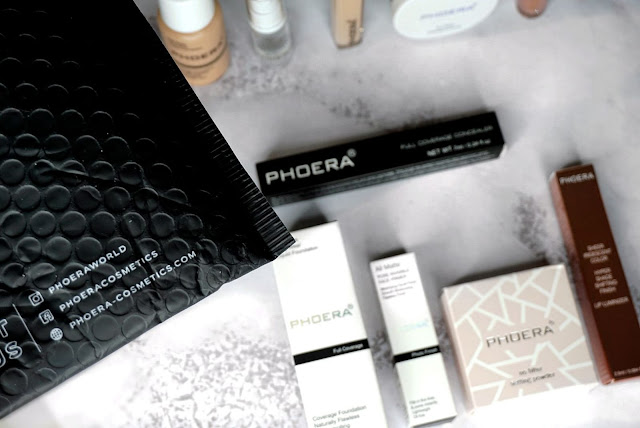 Phoera cosmetics foundation , concealer, setting powder  primer and iridescent luminiser lipgloss review
