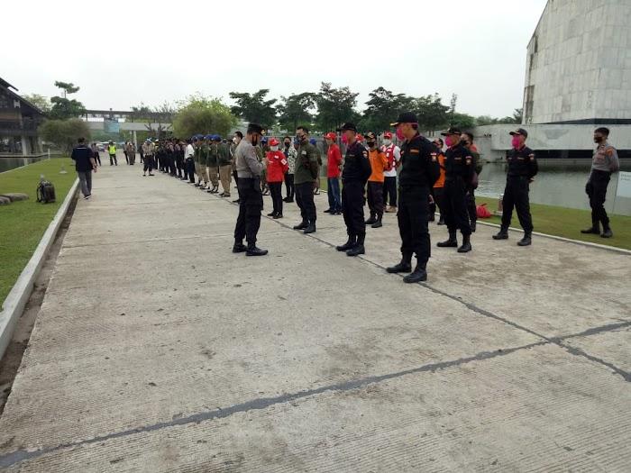 Kegiatan Apel Gugus Tugas Kesehatan Anggota Polri TNI Dan BPBD.