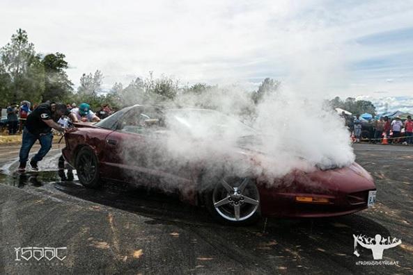 Mesin Mobil panas