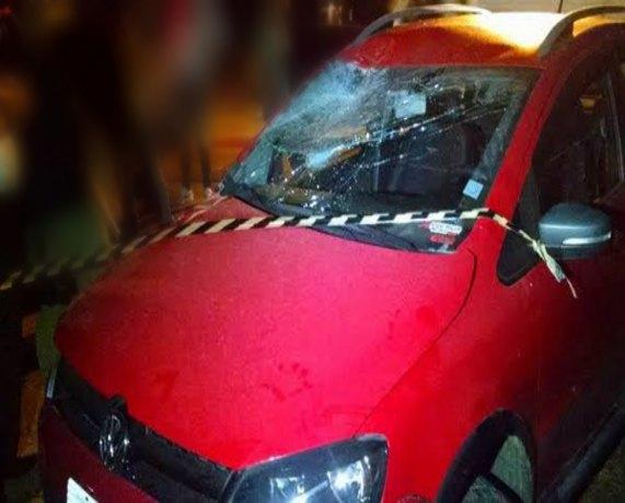 Criança de três anos é atropelada por carro e PM prende mulher que tentou fugir
