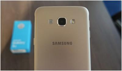 mat sau dien thoai Samsung Galaxy C5