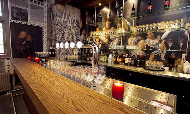 Informações sobre a cervejaria Jopenkerk em Haarlem]