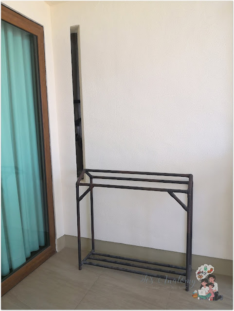 Crimson Resort and Spa Mactan Clothes Dryer Sampayan