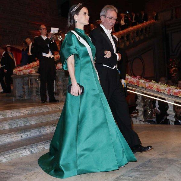 Swedish Royals attend 2016 Nobel Banquet at City Hall   Newmyroyals ...