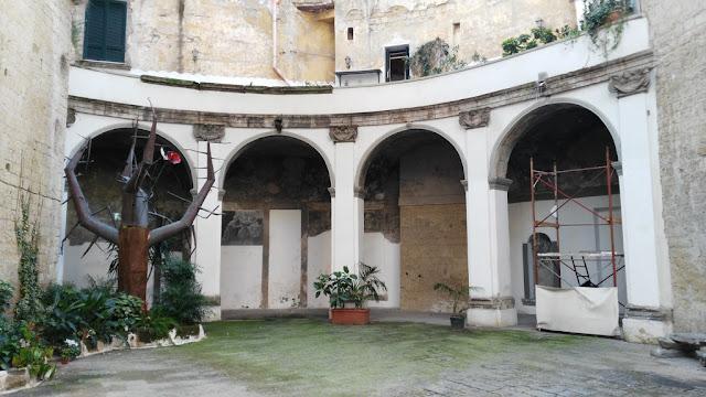 Cortile interno-Basilica di Santa Maria alla Sanità-Rione Sanità-Napoli