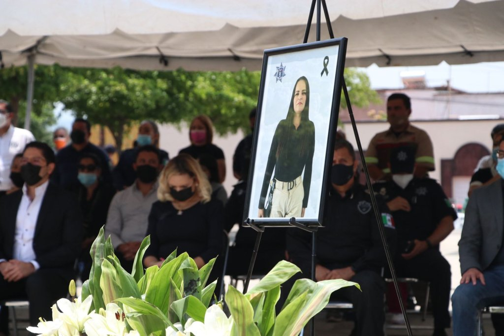 Sicarios quemaron los 3 vehículos que utilizaron para ejecutar a comandante en Jalisco