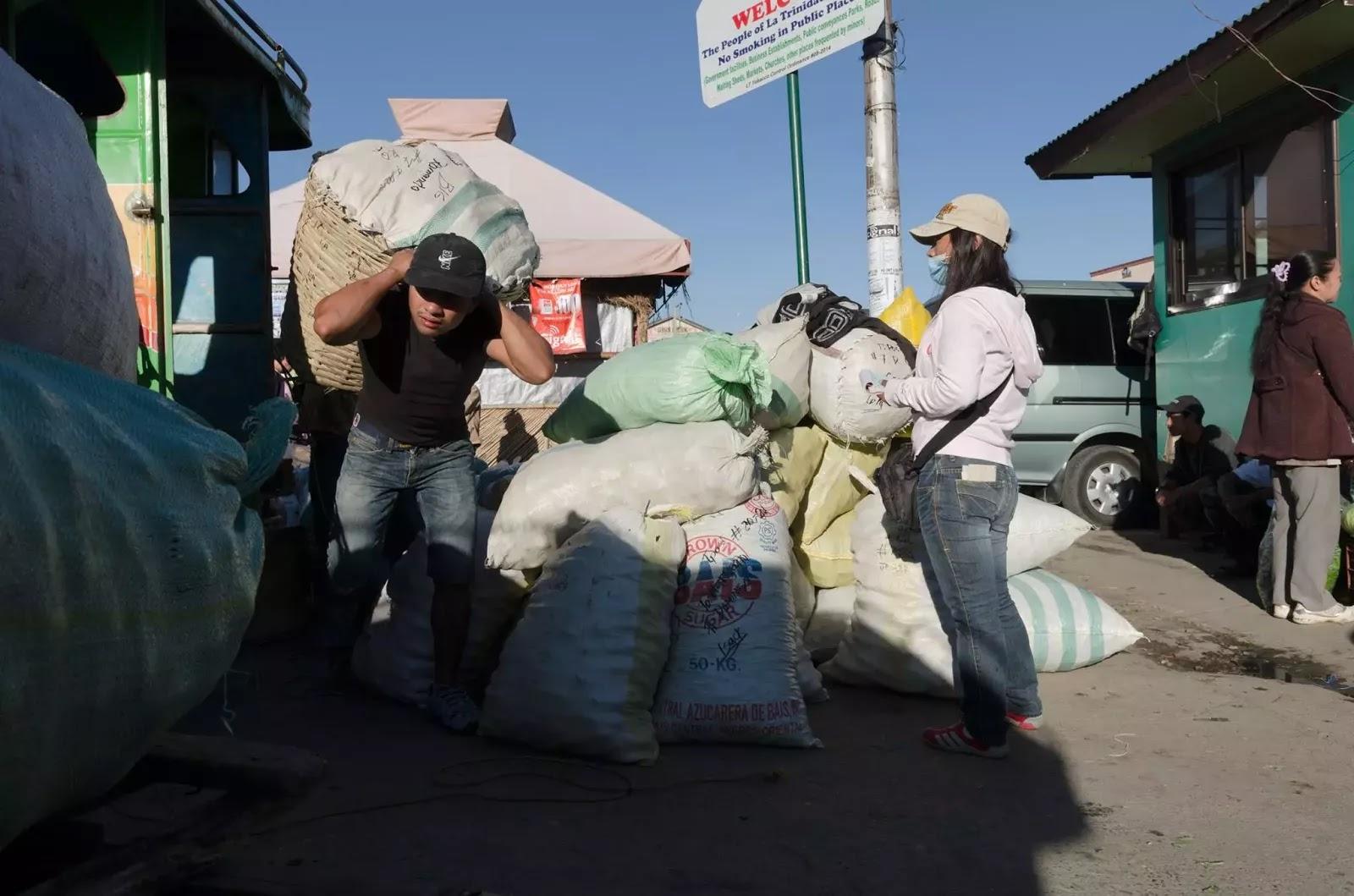 Hardworking Porter Trading Post La Trinidad Benguet Cordillera Administrative Region Philippines