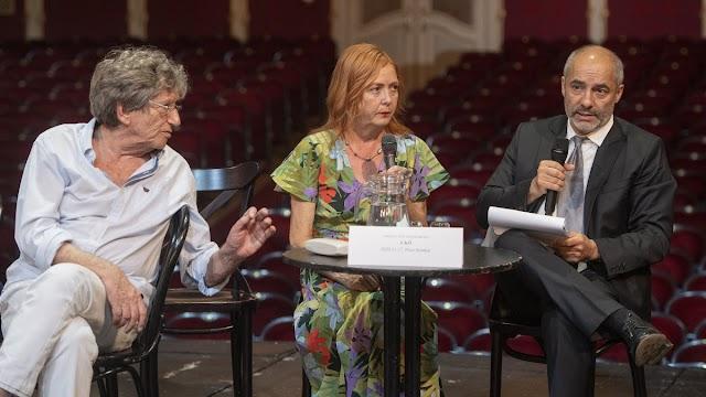 Kilenc bemutatót tervez a Vígszínház a jövő évadban