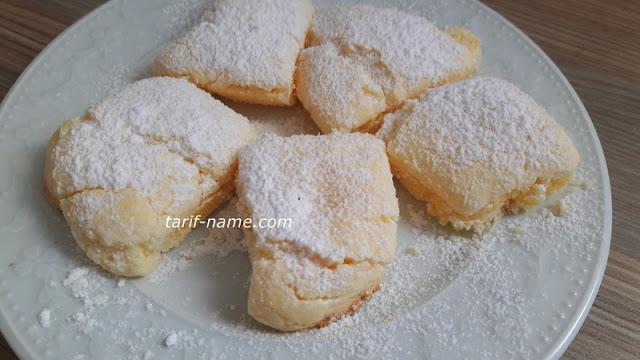 Nişastalı beyaz çatlak kurabiye