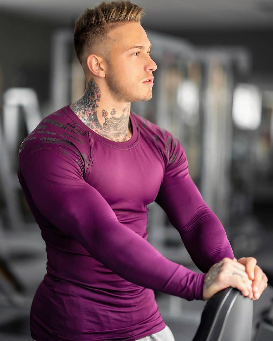 huge-muscle-clothes-gym-man-swole-body-neck-tattoo-hunk