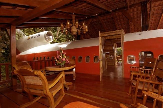 Avião convertido em casa