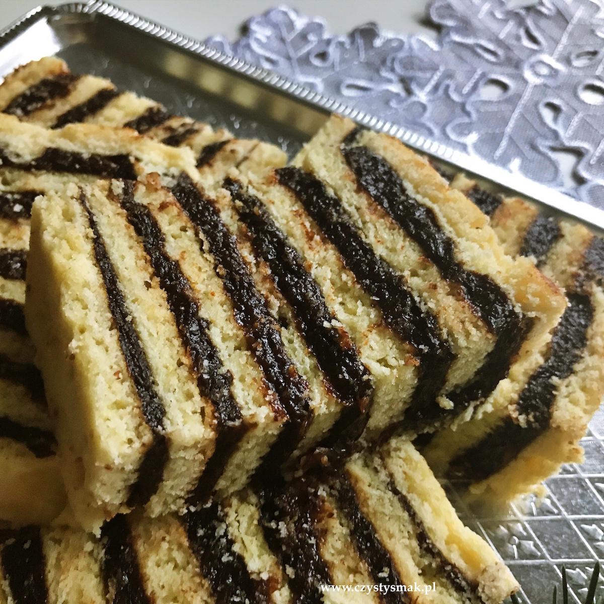 Korzenne ciasto bożonarodzeniowe