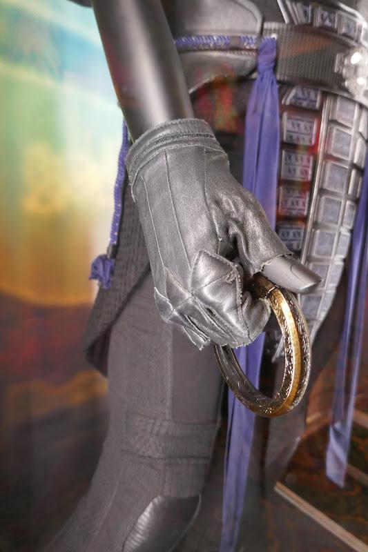 Shang-Chi Ten Rings Wenwu glove detail