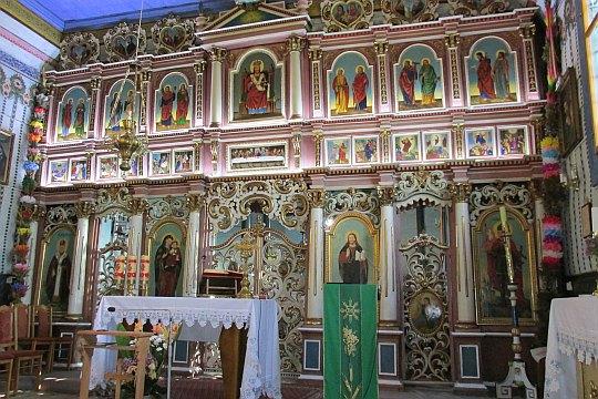 Ikonostas w cerkwi św. Dymitra w Leluchowie.