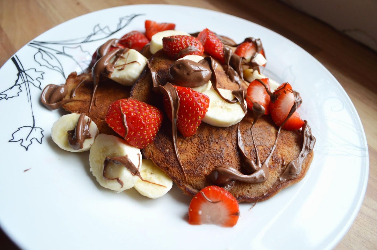 Banana & Nutella American Pancakes | Luke Does Life