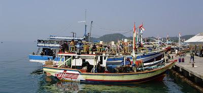 15 Nelayan Hilang Karena Tabrakan Kapal Di Tuban
