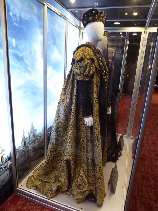 Assassins Creed King Ferdinand royal robes