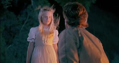 Superstition (1982), descargar y ver online en español e inglés.