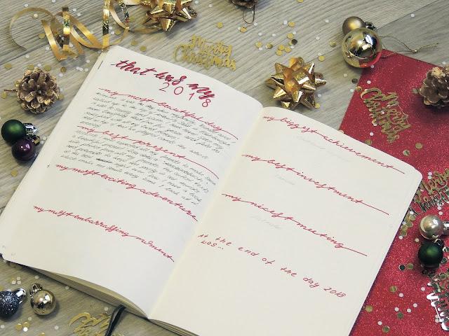 bujo page ideas for christmas blogmas glitterisblack