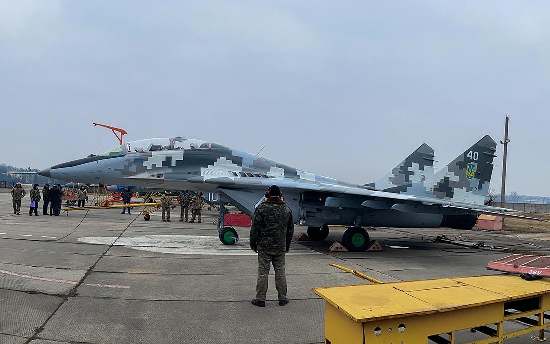 ЛДАРЗ передав ЗСУ відремонтований МіГ-29УБ