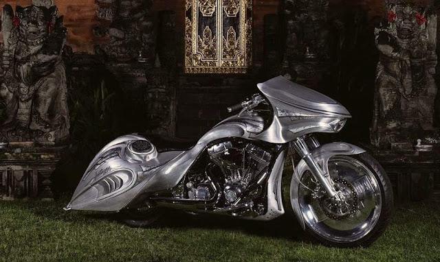 Modifikasi Harley Davidson Bagger Style Bali Indonesia