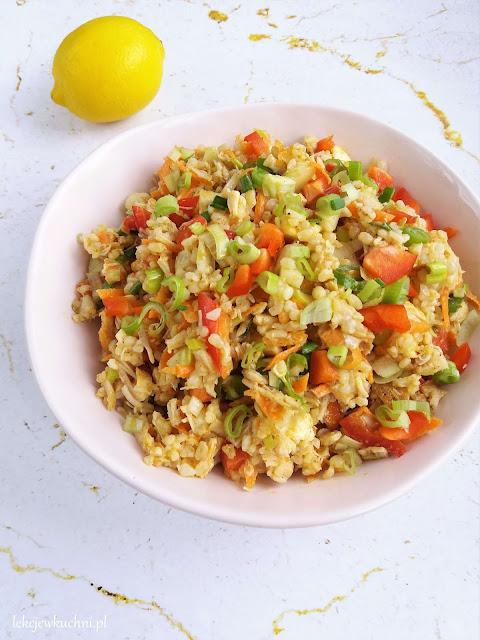 Sałatka z kurczakiem i kaszą bulgur / Chicken and Bulgur Salad