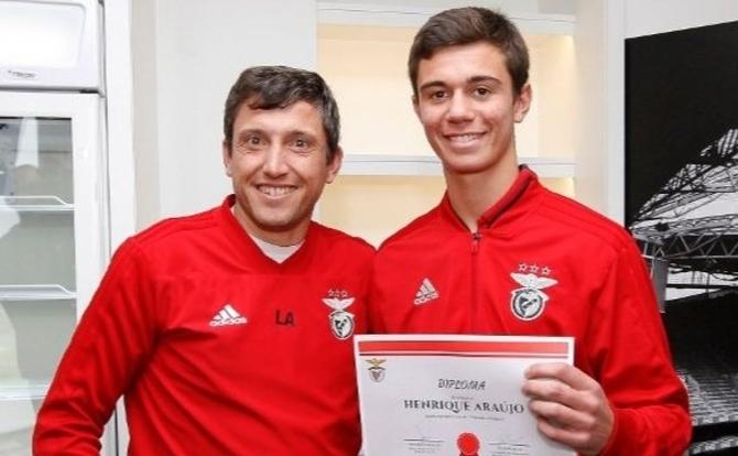 Henrique Araújo também goleia nos estudos
