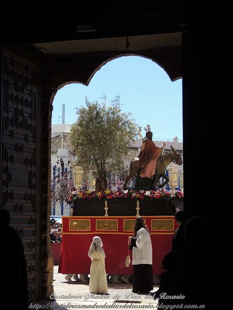 Crónica de la Semana Santa: Salida de la Borriquita y Virgen de la Soledad. parte III